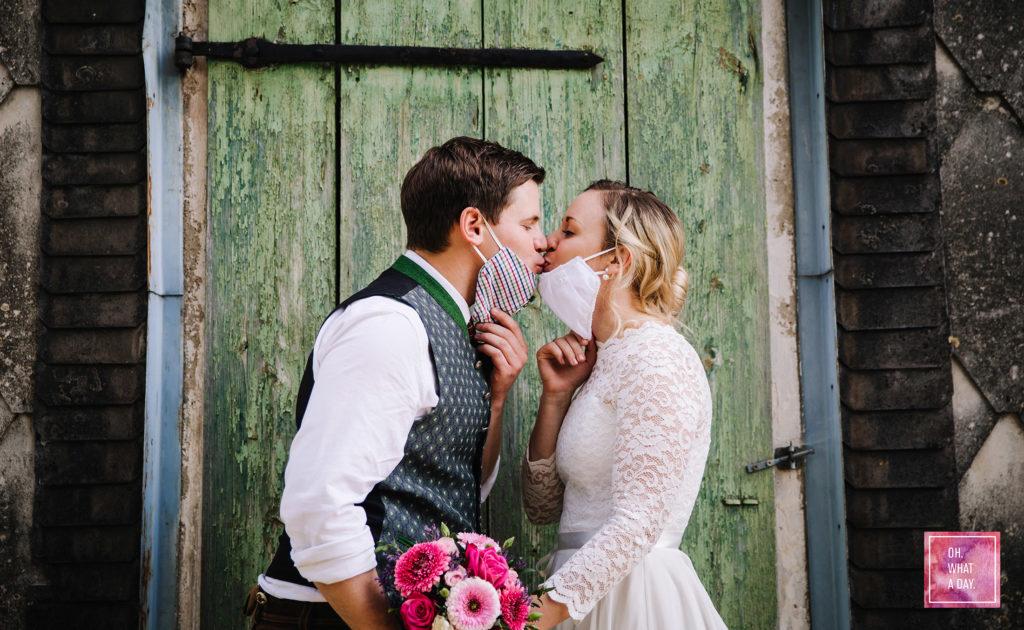 Hochzeit trotz Corona MNS Mask Kiss